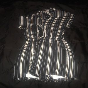 Pants - Black and white collared romper